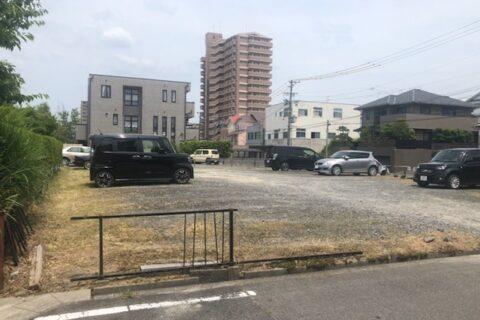 愛知県瀬戸市にて駐車場の草刈作業の依頼